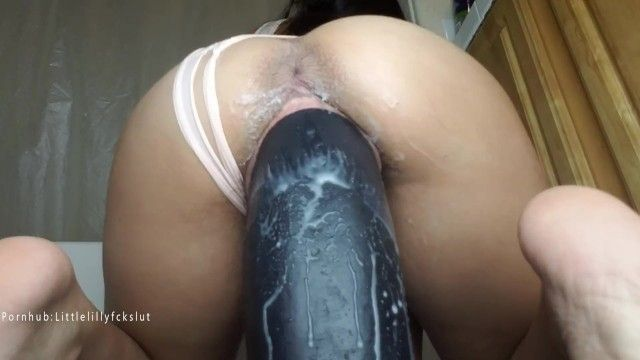 Taking huge 11 inch thick boss hogg sex tool in my pussy. stretched wide.