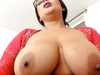 Hawt bbw hotty con occhiali, tette giganti, buchi di sperma underware