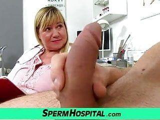 Grandi sorelle di puntatore uniformi Doctor Cougar IRMA sesso clinico